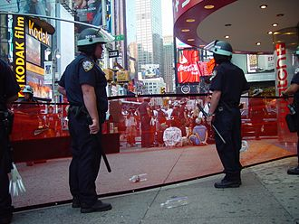 2004 Republican National Convention - NYPD providing security at Times Square