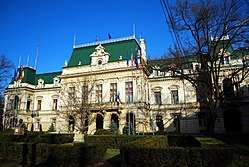 The Roznoveanu palace