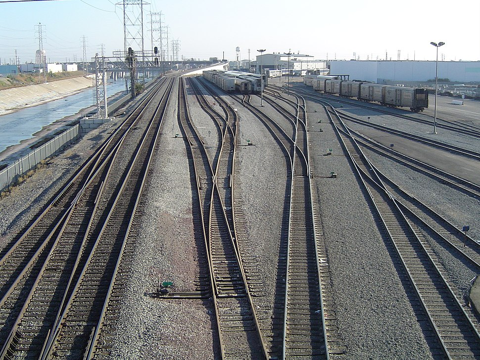 Railyard LA river