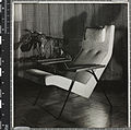 Reclining chair, Robin Day, Hille, 1952.jpg