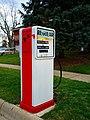 Regular Gas pump converted to US Mailbox (8197537309).jpg