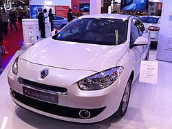 Renault fluence ze paris 2010.jpg
