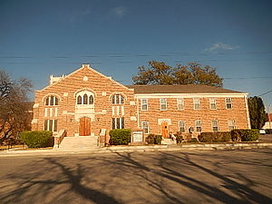 Ozona, Texas - First Baptist Church of Ozona on the town square