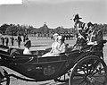 Rijtoer van het Koninklijk paar, rijtuig met de 3 Prinsessen, Bestanddeelnr 910-6738.jpg