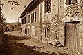 Roquefort-sur-Garonne - 3 rue de la Côte Fleurie (23378589476).jpg
