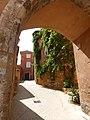 Roussillon porte.jpg