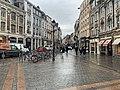 Rue Esquermoise (Lille) depuis la place Charles-de-Gaulle (octobre 2020).jpg