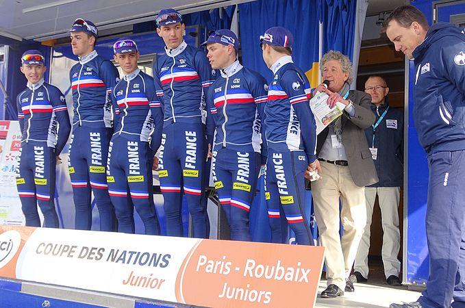 Saint-Amand-les-Eaux - Paris-Roubaix juniors, 12 avril 2015, départ (A03).JPG