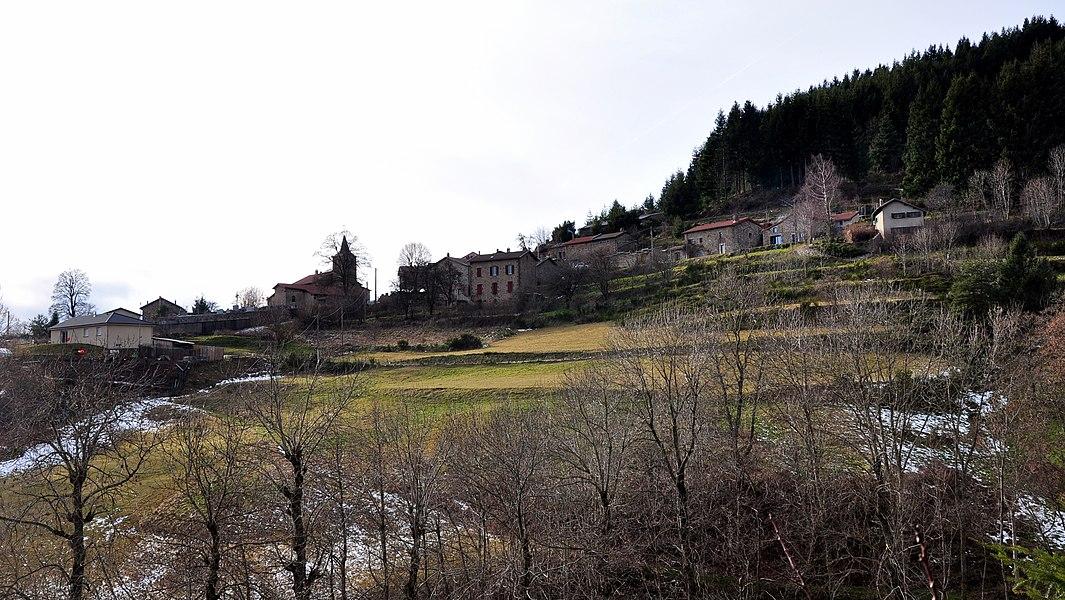 Saint-Jean-Roure depuis le quartier de Mondon.
