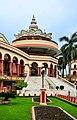 Samadhi Mandir of Srila Prabhupada, Mayapur 07102013 02.jpg