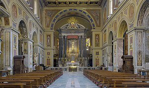 San Lorenzo in Lucina - Interior