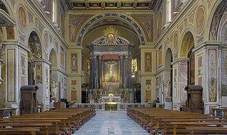 San Lorenzo in Lucina - Interior