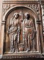 Santas Justa y Rufina, en la puerta que comunica la Sacristía mayor con la capilla de la Antesacristía.jpg
