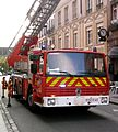 Sapeur-pompiers Strasbourg en intervention, grande échelle à Gutenberg.jpg