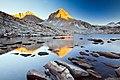 Sapphire Lake (15465461502).jpg