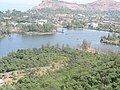 Saputara lake seen from ropeway station, 2006-10-25.jpg