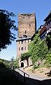 Schönburg, Oberwesel. Turmdurchgang in den Innenhof und Aufgang ins Turmmuseum.jpg