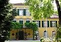 Schloss Suresnes Muenchen Schwabing-1.jpg