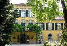 Castello Suresnes in via Werneck