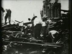 Dosiero: Serĉante korpojn, Galveston 1900. ogv
