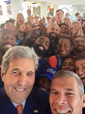 Secretary Kerry takes a selfie with members of Team USA in Rio de Janeiro (28685752952).jpg