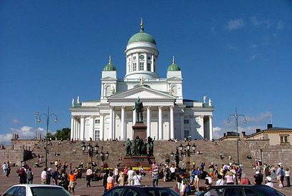 How to get to Senaatintori with public transit - About the place