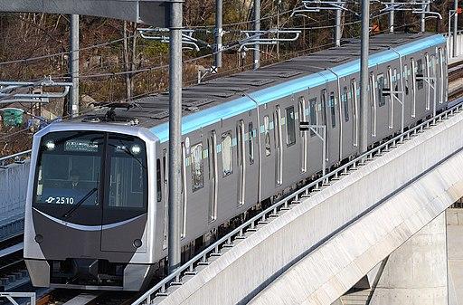 Sendai subway 2000 series