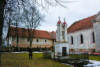 Senieji Trakai - The church and cloister built on the remains of the old castle