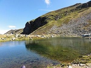 Serra dos Ancares - Image: Sierra de los Ancares (León, España) lago en el camino hacia el Cuiña