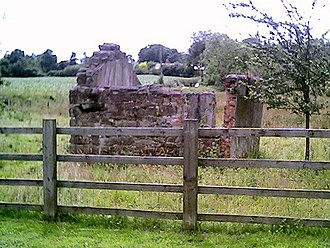 Battle of Rowton Heath - This 17th-century building on the side of the A41 was used as a wound dressing station during the battle