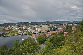Skien - town centre (east-west).jpg