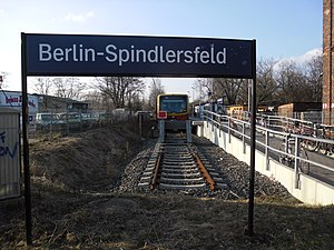 Berlin-Spindlersfeld station - Spindlersfeld station in 2011