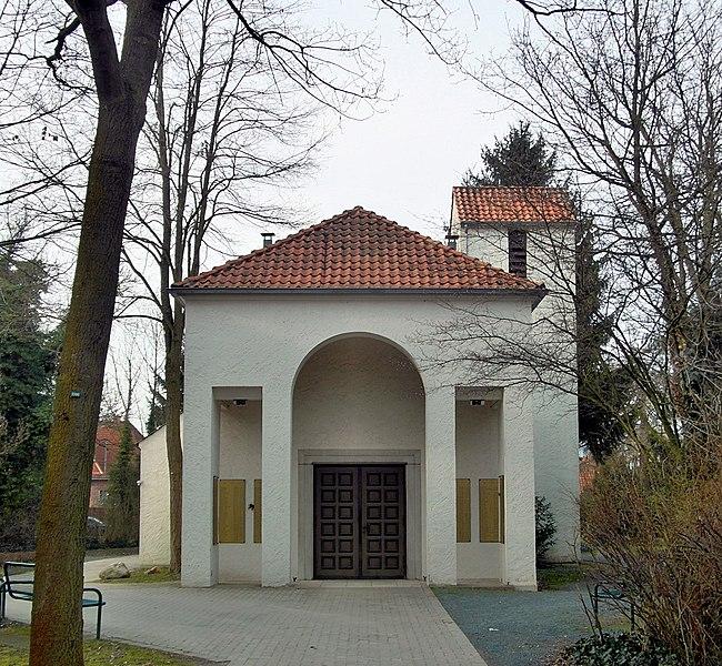 File:Springe-Völksener Strasse-Kapelle.JPG
