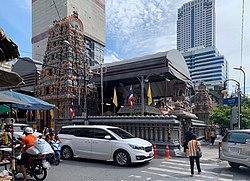 Sri Maha Mariamman Koyil Bangkok (Wat Khaek Silom) 2019 04.jpg