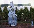 Statue III - panoramio.jpg