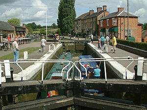Grand Junction Canal - Top lock at Stoke Bruerne