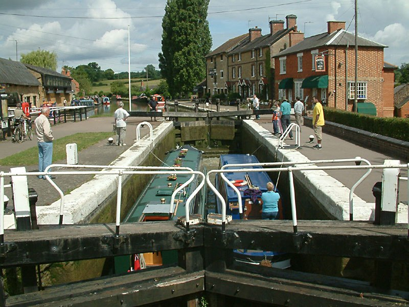 Stoke Bruerne top lock