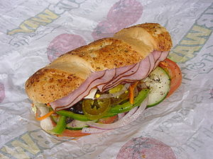 English: 12-inch ham Submarine sandwich with d...