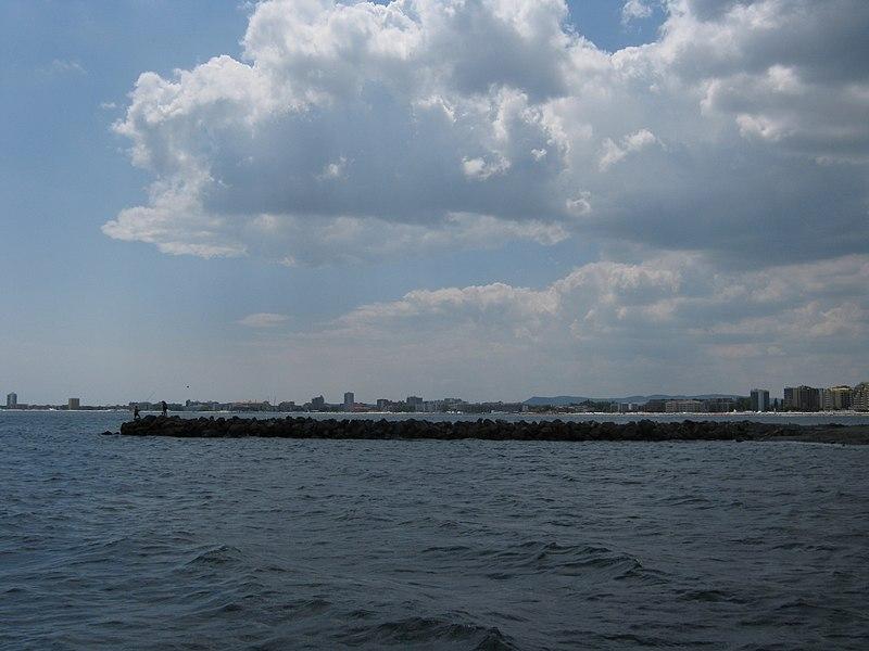 File:Sunny beach seen from the beginning of sveti vlas - panoramio.jpg