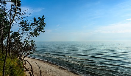 Baltic Sea near Klaipeda (Karkle). Sunny day on the coast on Baltic sea.jpg
