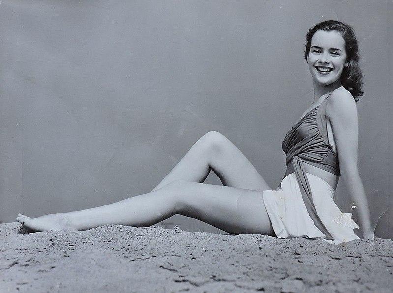 File:Susan Peters 1941 portrait.jpg