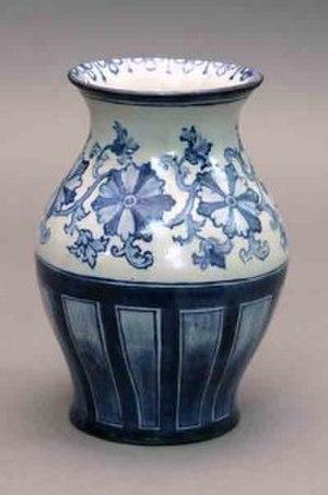 Susan Stuart Frackelton - Susan Stuart Frackelton, oval shaped vase, circa 1894–1906, Milwaukee County Historical Society