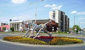 Kazincbarcikai városkép(Unikornis a körforgalomban)