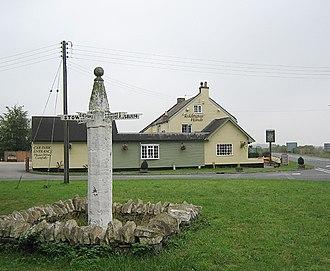 Teddington, Gloucestershire - Teddington Hands, an ancient sign post pointing in six directions