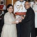 The President, Shri Pranab Mukherjee presenting the Padma Shri Award to Ms. Mallika Srinivasan, at an Investiture Ceremony-II, at Rashtrapati Bhavan, in New Delhi on April 26, 2014.jpg