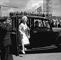 The Queen Mother arriving at Walker Naval Yard (26833808960).jpg