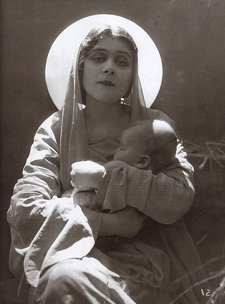 File:Theda Bara with a child.jpg