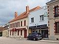 Thiel-sur-Acolin-FR-03-garage & restaurant-2.jpg