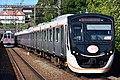 Tokyu 6020 series Den-en-toshi Line 20180825.jpg