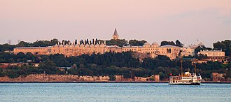 Ottoman palaces in Istanbul - Topkapı Palace from the Bosphorus